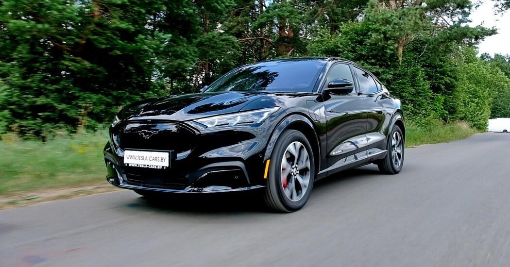 Первый тест-драйв Ford Mustang Mach E